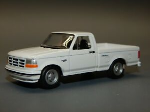 Johnny Lightning 1/64 scale 1993 Ford F150 SVT Lightning Pickup Stock White RARE