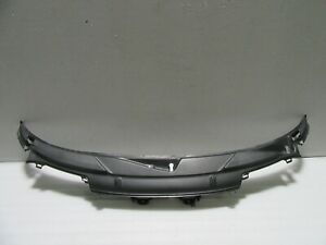 2006 - 2012 Porsche 987 Cayman 2.7 Center Cowl Vent Panel Oem 99757256308
