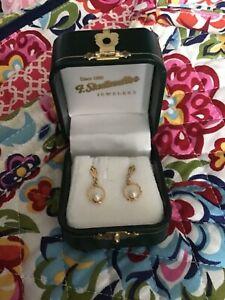 """14k Solid Yellow Gold Pearl/Dangle Pierced Earrings 3/4"""""""