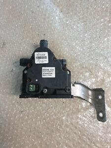 Tesla Model S 2015 Electric auxiliary coolant water pump 6007370-00-B