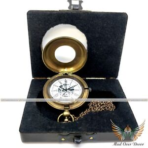 VINTAGE COLLECTIBLE MARINE RETRO PUSH BUTTON POCKET WATCH WITH WOODEN BOX