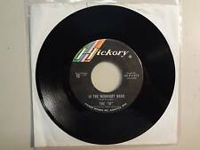 "IN: In The Midnight Hour-Just Give Me Time-U.S. 7"" 66 Hickory Records No.45-1413"