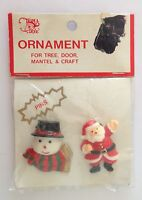 Trim A Tree Vintage Christmas Ornaments Santa Pin Badge Vintage Rare (N16)