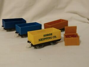 Cargo Freight Cars Thomas & Friends Trackmaster Lot of 4 plus Crate w/ Fire Hose