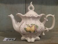 ANTIQUE CONTINENTAL PORCELAIN TEAPOT WITH Fruits Transfer & Gilding Single Size