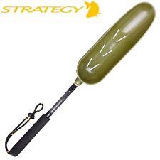Strategy Short Bait Spoon Long with holes - Wurfschaufel mit Griff, Futterlöffel