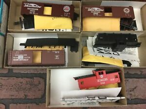 Athearn HO Scale Train Cars Lot of 5