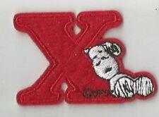 SNOOPY alphabet lettre X rouge écusson brodé / patch 3.8X4.5 cm