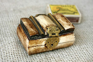 ANTIQUE Middle East CARVED CAMEL BONE & BRASS SMALL JEWELRY TRINKET BOX #1