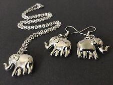 Lucky Elefante Colgante Collar Y Pendientes Conjunto de Regalo