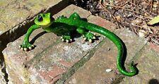 Green Gecko Ornamento Figurina Statua Medium 22 cm scaffale o parete Harry la lucertola