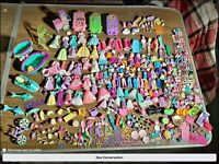 HUGE LOT Of POLLY POCKET Dolls Rubber Clothing Pets Accessories Over 500 Pieces