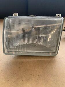 1984-1993 MERCEDES 190E / 84-89 190D LEFT DRIVER HEADLIGHT 1305320579 BOSCH OEM