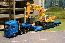 Siku 1847 - MAN Heavy Haulage Low Loader with Liebherr 974 Excavator H0 1:87