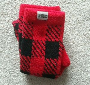 NEW Victoria's Secret PINK Marshmallow Cozy Crew Socks Black Red Plaid Womens