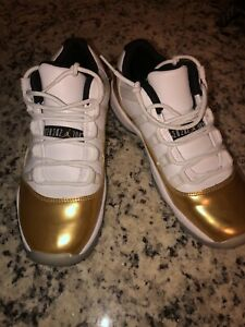 air jordan 11 retro low white/metallic gold