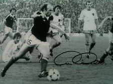 ARCHIE GEMMILL - LEGENDARY FOOTBALLER - SCOTLAND WORLD CUP GOAL SIGNED PHOTO