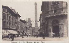 BOLOGNA - Via Rizzoli - Le due Torri - Foto Cartolina Edizioni Traldi Milano