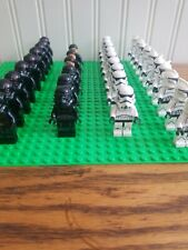 Lego star wars Minifigures Lot blaster included!