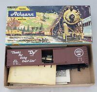 HO Athearn Rail Runner ACL Atlantic Coast Line SD 50' Box Car 37131 kit # 151