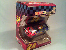 [G8] *NEW* 1:64 Scale Car #24 JEFF GORDON Collectable Ornament 2004