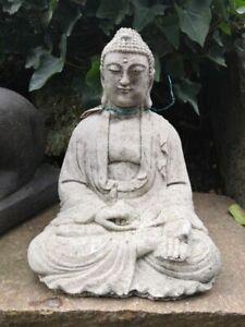 Buddha aus Beton, 25 cm