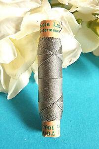 """1352BTER / Superb Coil Wire Silk Gutermann Laska """" Grey """" N° 700"""