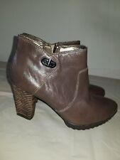 02b64bee1fe7 Easy Spirit Women s Brown zip Leather Booties sz 7 W