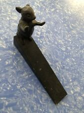 VINTAGE BRONZE MOUSE DOORMOUSE HOLDING DOOR STOP STOPPER WITH BLACK  WOOD WEDGE