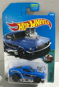 2017 Hot Wheels #124 Tooned '68 Ford Mustang blue NEW
