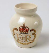1977 Silver Jubilee Devon Pottery Small Vase Elizabeth II