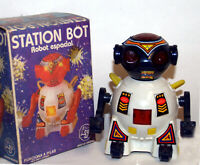 Station Bot Robot Argentina Transformer Style Vintage Battery Operated