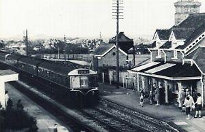 Nostalgia Postcard 1962 Upton & Blewbury Railway Station, Oxfordshire Repro NS15