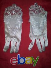 Fancy White SATIN FLORAL LACE TEA PARTY GLOVES YOUTH ELEMENTARY SZ WELL MADE