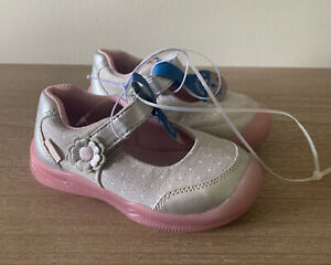 Surprize by Stride Rite Sandy Toddler Girls Light-Up Silver/Pink Sneakers