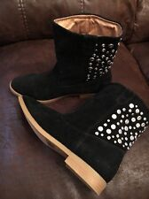 QUPID Women's BLACK STUDDED ANKLE BOOTS SZ 7