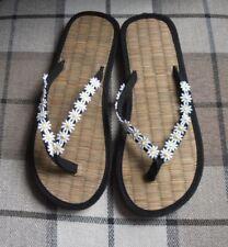 Ladies Straw Flip Flops Black with Lace Decoration