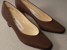 "VGUC Etienne Aigner ""Taylor"" classic pumps shoes, brown, 6. 5 M, Spain"