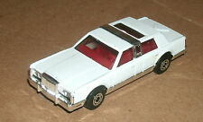 1/64 Lincoln Town Car Limo Diecast Model Car - Matchbox MB43 White Limousine