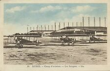 CARTE POSTALE / AVIATION  ISTRES / CAMP D'AVIATION LES HANGARS