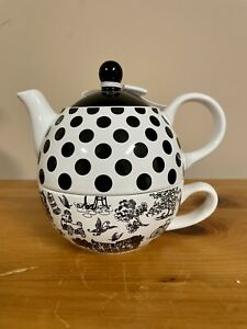 """JESSIE STEELE You & Me """"Home"""" Stacked Teapot & Cup #49010 Pavillon Gift Co. 2011"""