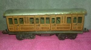 Vintage O Gauge BING LNER 265 1st & 3rd Class Railway Coach Carriage Doors Open