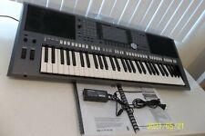 Yamaha Psr-S970 61 Key Arranger Keyboard - For Parts or Repair