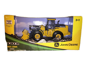 ERTL John Deere Wheel Loader Die-Cast Model 37013 2007 New In Box!!