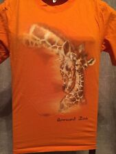 Brevard Zoo ~ Mother And Baby Giraffe ~ Men Unisex Size Small T-Shirt
