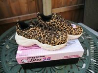Ladies Skechers D'Lites Jungle Fashion Air Cooled Memory Foam UK 7 New In Box