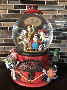 Disney Toy Story 2 Woody's Roundup Snow Globe Snow Dome Music Box