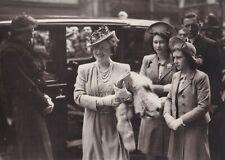 QUEEN ELIZABETH, PRINCESS MARGARET & QUEEN ELIZABETH original photograph