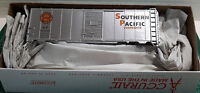 HO Scale Accurail 40' AAR Steel Boxcar 'Southern Pacific Overnights' Item #81051