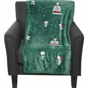 "Peanuts SNOOPY & WOODSTOCK Christmas Holidays Fleece Throw Blanket 50"" x 70"""